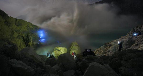Ijen tour from Banyuwangi 2 Day 1 Night   Ijen Expedition