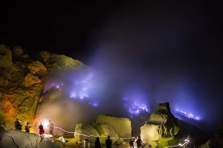 Ijen Crater Tour From Bali 1 Day | Ijen Expedition